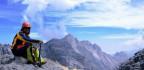 Manfaat atau Fungsi Trekking Pole saat Mendaki