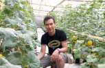 Petani Asal Ponorogo Ini Meraup 25jt/Bln Dari Pertanian Melon Hidroponik